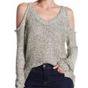 RDI- BLACK AND WHITE COLD SHOULDER SWEATER
